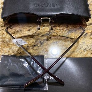 CHANEL Accessories - NEW, AUTHENTIC Chanel 4220 C1243/C62 Sunglasses